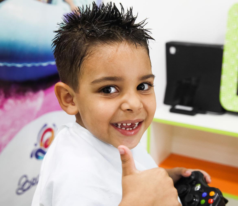 Amado Corte Kids - Corte de Cabelo Infantil | Cabeleireiro para Criança YY95